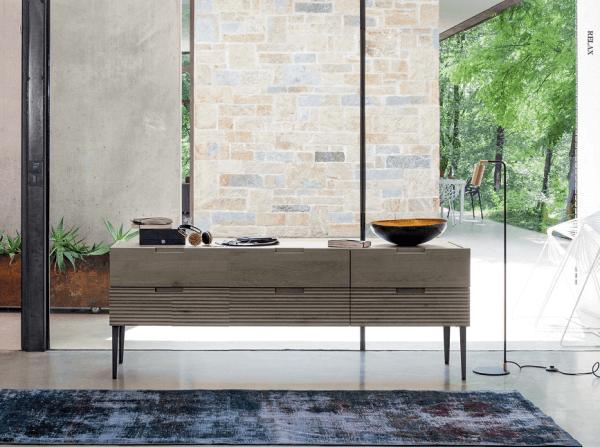 Sideboard aus Eiche Zero.16, Handarbeit, italienisches Design