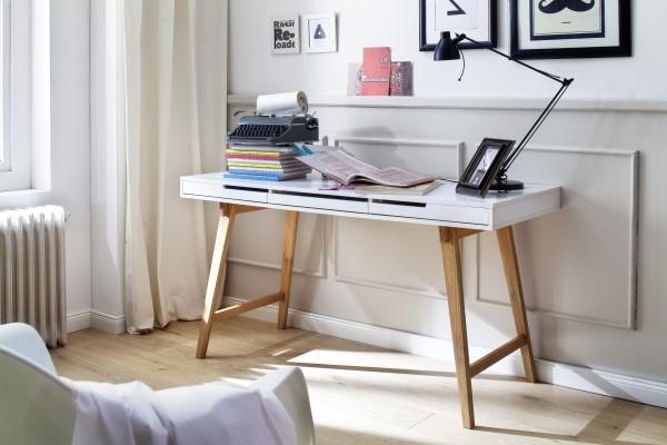 Schreibtisch ANNEKE 140 cm.